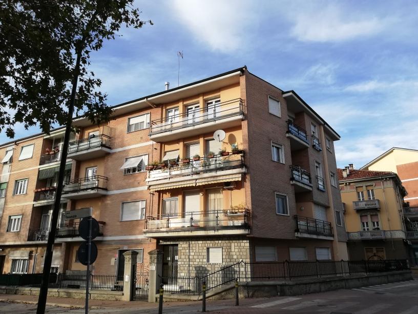 F23/19 -Fossano – Appartamento MQ.110 – 4 locali