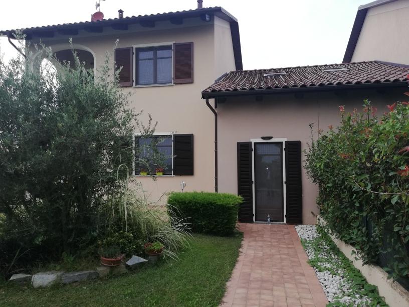 F07-20 – Fossano – Villa  MQ.150 – 5 locali