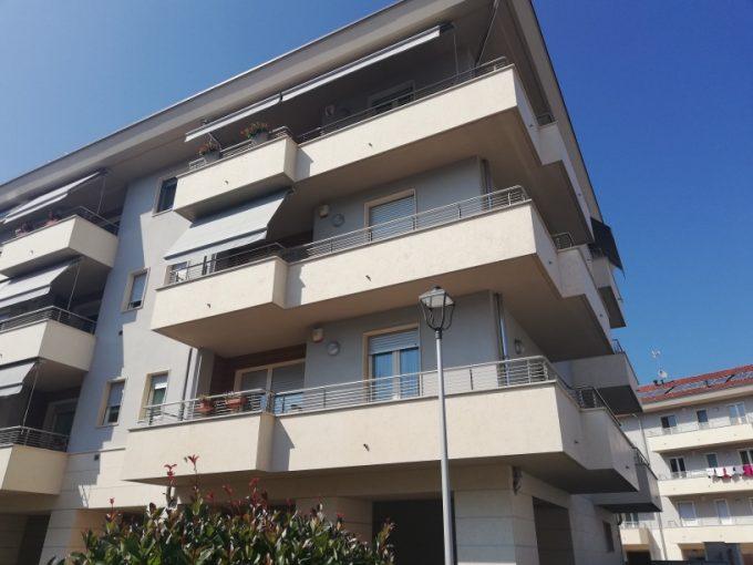 F04/20 -Fossano – Appartamento MQ.65 – 2 locali