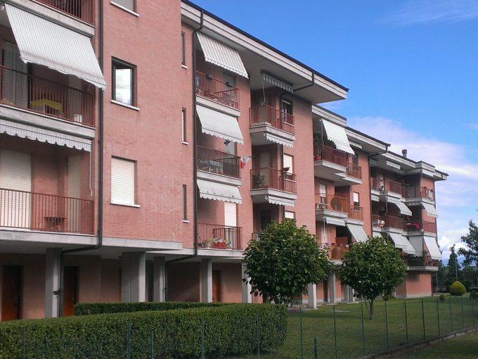 GE01/20 -Genola – Appartamento MQ.90 – 4 locali